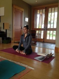 elena yoga